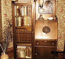Bookshelf by Hunniebee