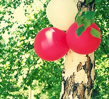 Celebratory tree. by Anna Shishkovskaya
