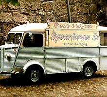 Vintage Ice Creams by Rachel Lilly