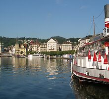 Lakeside - Luzern Switzerland by chijude