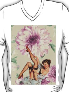 vintage purple floral retro pin up girl T-Shirt