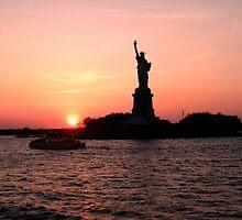 Statue of Liberty - NYC 1 by angidphoto