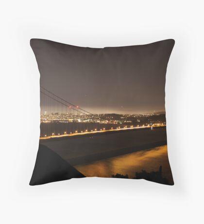 A night in San Francisco Throw Pillow