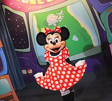 EPCOT: Minnie by ImagineerMerch