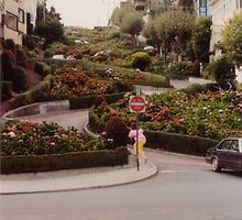 Bottom of Lombard Street by dbronco928