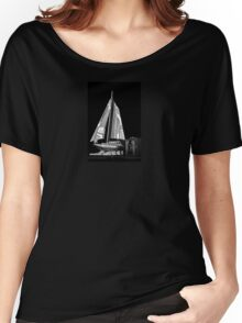 SAILS AND BROWNIE Women's Relaxed Fit T-Shirt