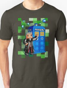 8bit 12th Doctor with blue phone box T-Shirt