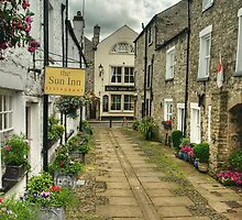 The Sun Inn, Kirkby Lonsdale by Steve  Liptrot