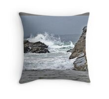The Tide Rushes in. Throw Pillow
