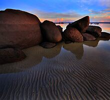 Tide Lines on the Rock by Garth Smith