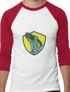 Carpet Layer Knee Kicker Crest Retro Men's Baseball ¾ T-Shirt