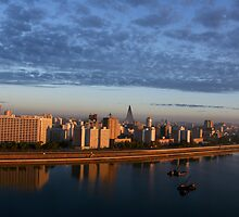 Golden Pyongyang by loolooimage