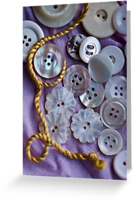 Buttons and Thread by Ilva Beretta