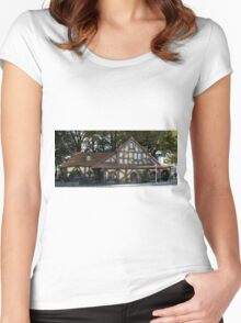 Hobbition Style Building Matamata New Zealand Women's Fitted Scoop T-Shirt