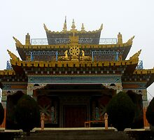 misty gompa by tim buckley | bodhiimages