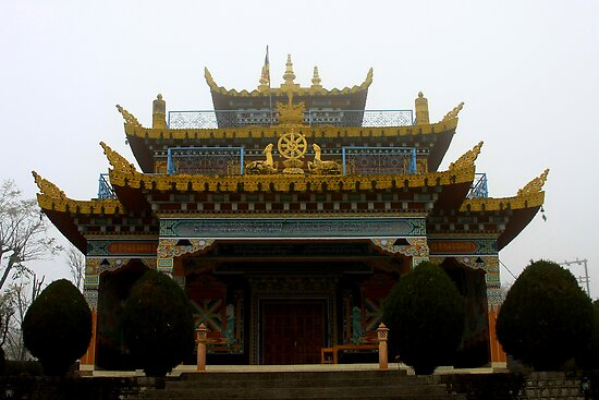 misty gompa by tim buckley   bodhiimages