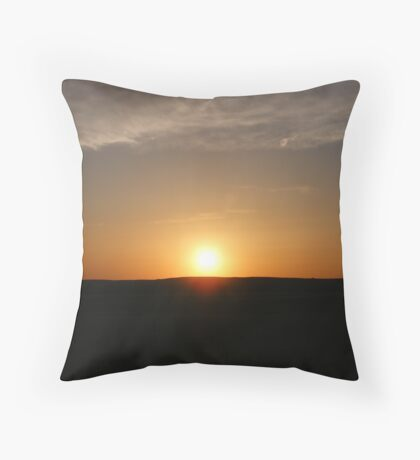 Only God Can !! Throw Pillow