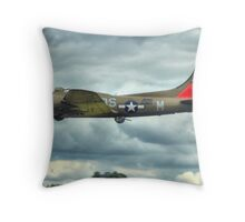 B17 Flying Fortress - Pink Lady Throw Pillow