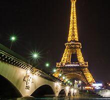 Paris Eiffel Tower by psankey