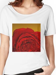 Red Rose macro Women's Relaxed Fit T-Shirt