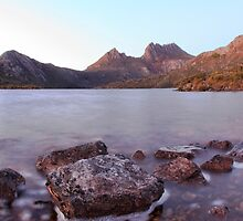 Final sunrise for Fagus 2015_Cradle Mountain by Sharon Kavanagh