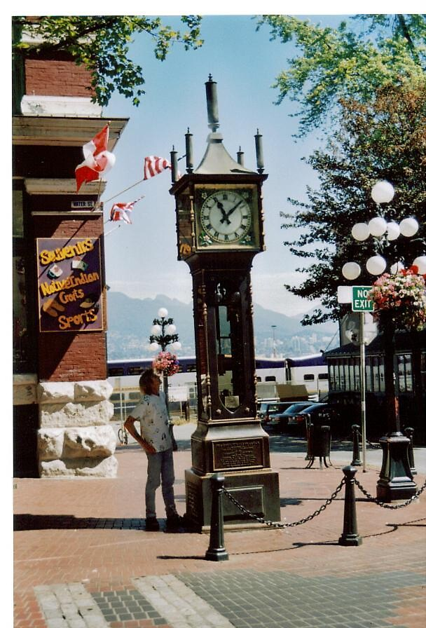 Gasclock in Vancouver Brittish Columbia by alaskaman53