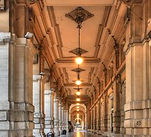 Corridor in Firenze by Christophe Testi