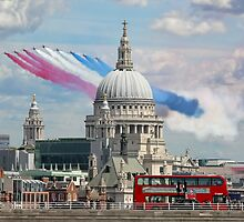 VE day 70 Years On - The Red Arrows Over London by Colin  Williams Photography