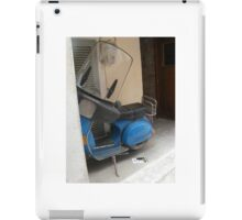 Drop it and stand where you are! iPad Case/Skin