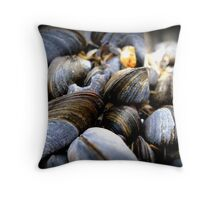 Mussels on Mussels Throw Pillow