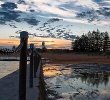 Mona vale pool by angusimages