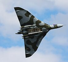 Avro Vulcan Bomber Bomb Bay by Richard Hanley www.scotland-postcards.com