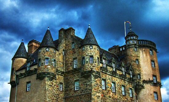 Castle Fraser by Panalot