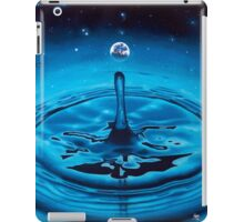 A Splash in the Cosmic Ocean iPad Case/Skin