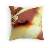 Je Sui Femme Throw Pillow