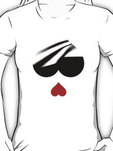 love happens T-Shirt