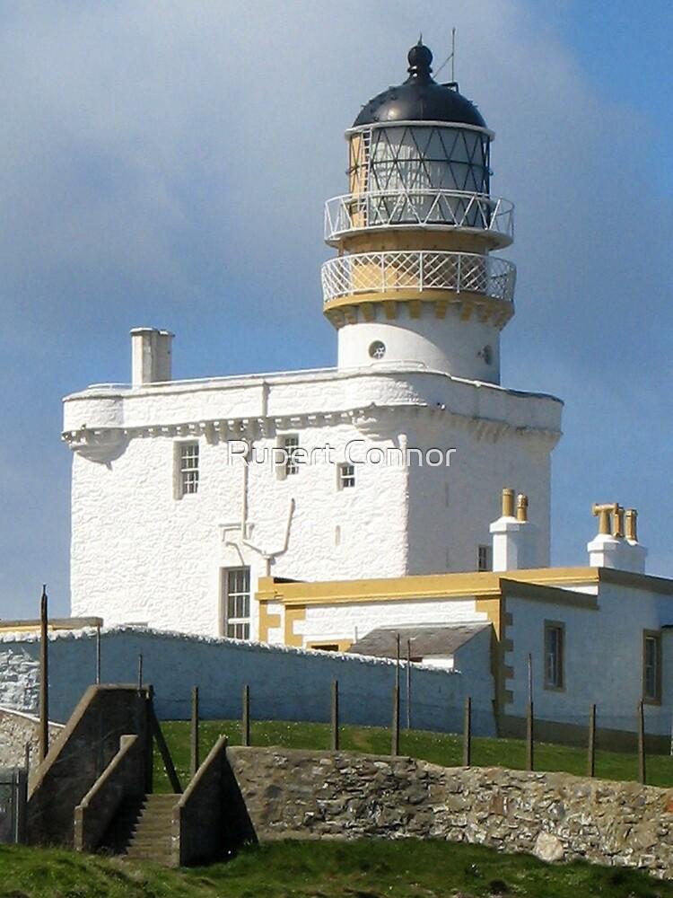 Kinnaird Head Castle Lighthouse by Rupert Connor