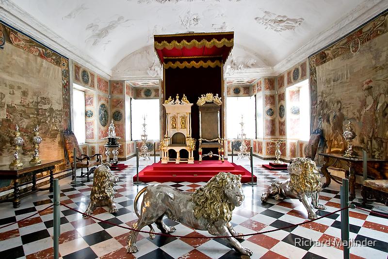 Royal throne room by Richard Majlinder