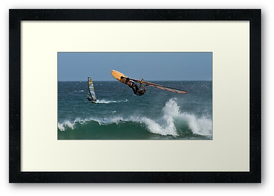 Looking For Davy Jones Locker - Elouera Beach - Sydney - Australia by Bryan Freeman