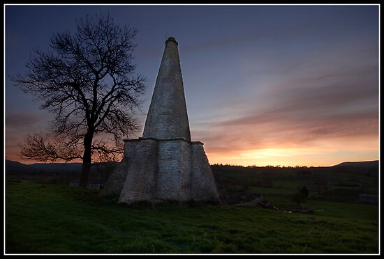Folly at West Burton (Yorkshire Dales) by Shaun Whiteman