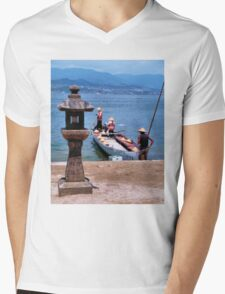 Fishing Wanderers (Japan) Mens V-Neck T-Shirt