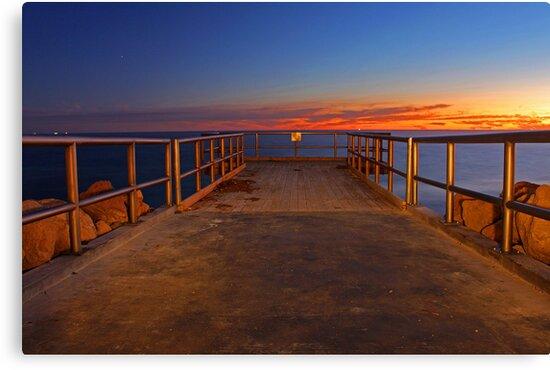 North Beach Jetty  by EOS20