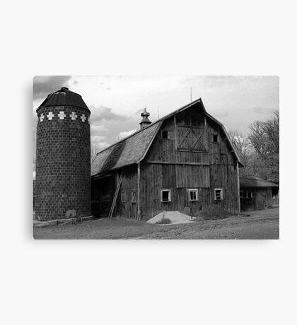 the ol barn Canvas Print