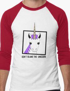 DON'T BLAME THE UNICORN Men's Baseball ¾ T-Shirt