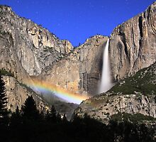 Moon over Yosemite by Michelle Wilson