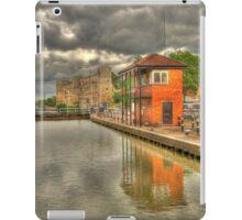 Newark Castle and Lock iPad Case/Skin