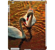 Swan's faithfulness iPad Case/Skin