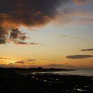 Bamburgh sunset by shakey