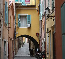 Villefranche Alley by jakking