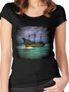Pirate Boat Women's Fitted Scoop T-Shirt